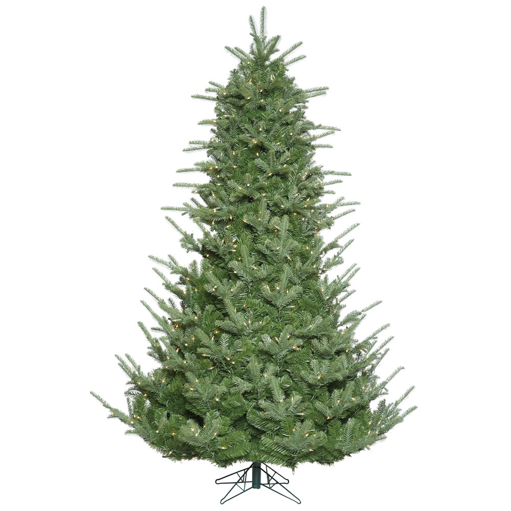 7.5 Foot Sheridan Spruce Artificial Christmas Tree 800 DuraLit Incandescent Clear Mini Lights