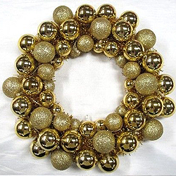 16 Inch Gold Ball Wreath 20 Battery Operated Pure White LED Lights