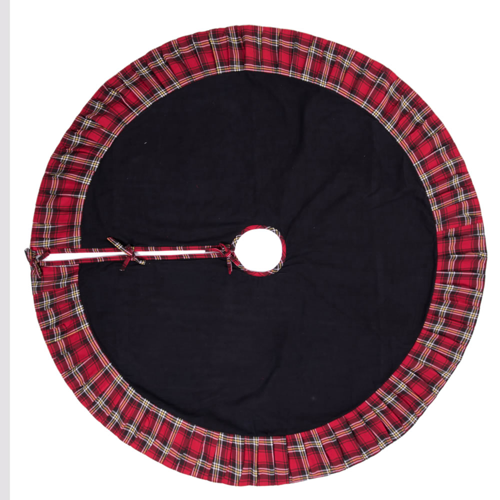 Black Red Plaid and Pleated Duckcloth Scotsman Decorative Christmas Tree Skirt