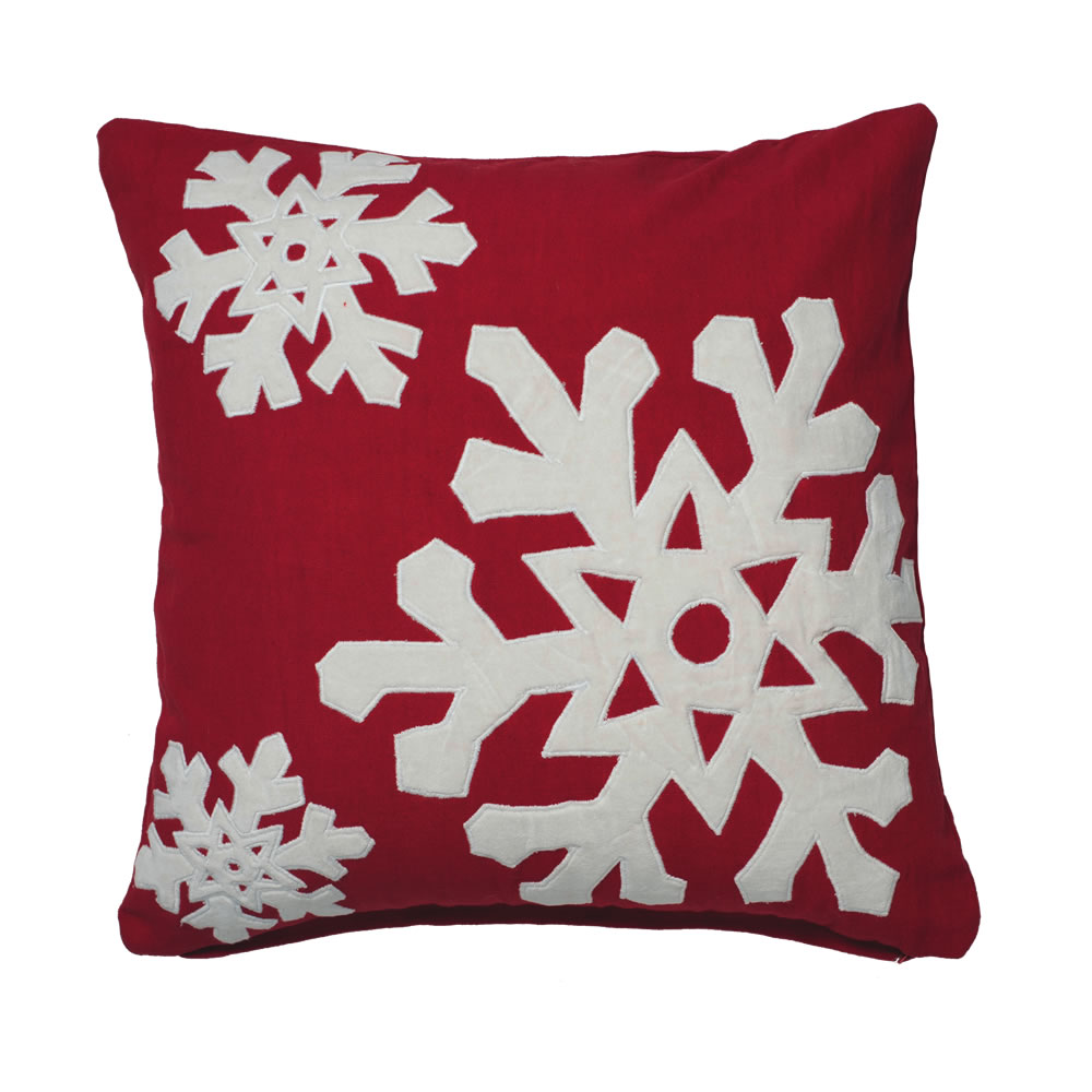 18 Inch Red and White Snowflake Cotton Duck Cloth Felt Flakes Decorative Christmas Pillow