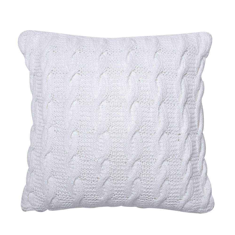 18 Inch White Hand-knit Cotton Cable Cushion Decorative Christmas Pillow