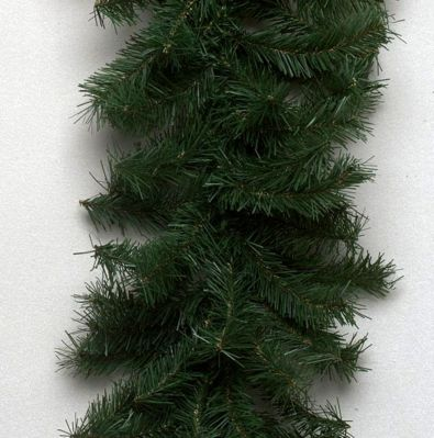 50 Foot Canadian Garland 200 Clear Lights