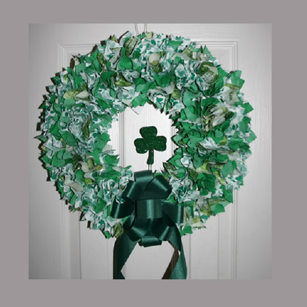 18 Inch St Patricks Day Shamrocks Fabric Wreath