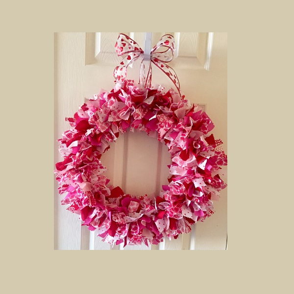 18 Inch Valentine's Day Fabric Wreath